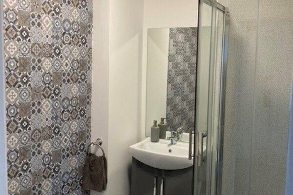 Hazeldene bathroom