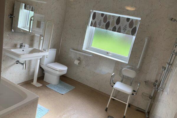 South Newlands Farm Bathroom
