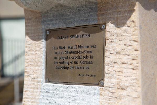 Commemorative sign