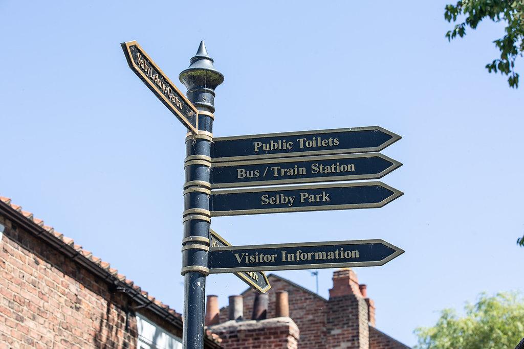 Selby Waypoint Finder